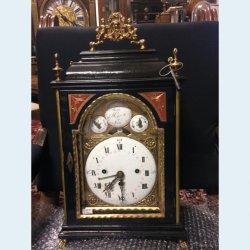 Staroněmecké barokní stolní hodiny